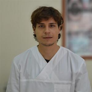 Ρένεσης Παναγιώτης Οδοντίατρος Βιογραφικό